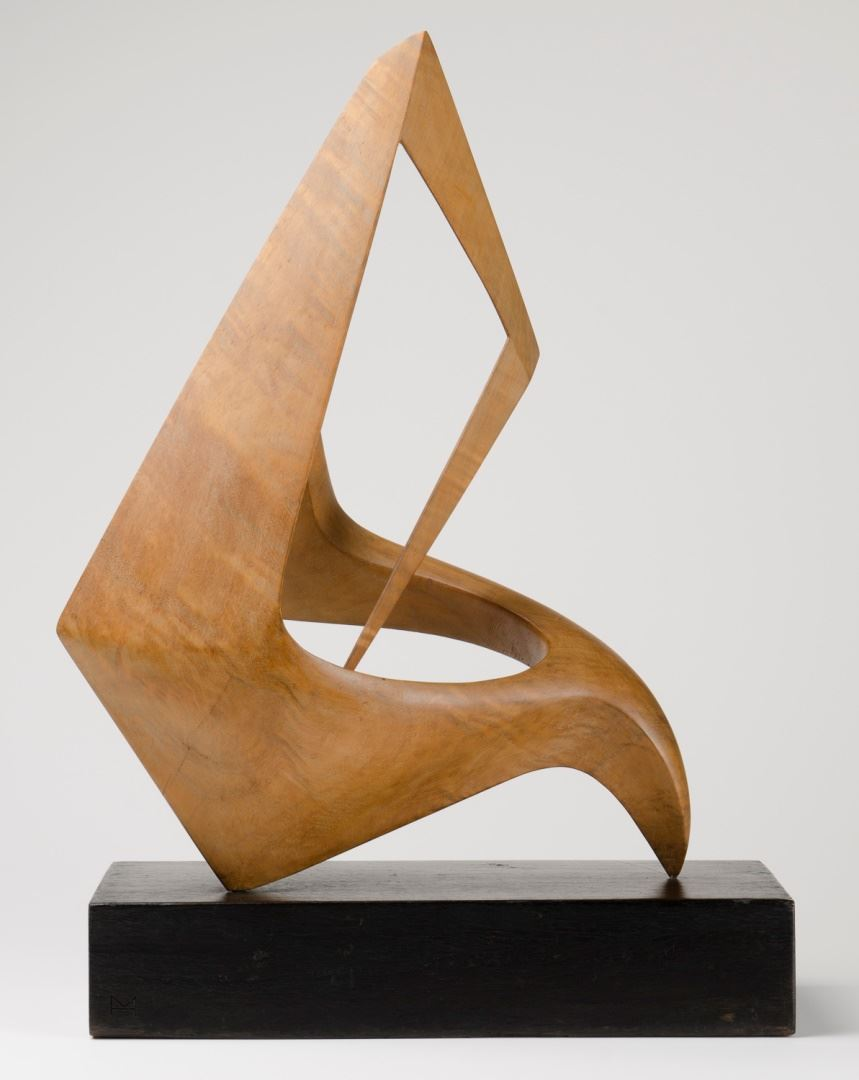 Margel HINDER Abstract wood carving 1952 wood (Queensland maple) 44.8 x 34.5 x 19.0cm Newcastle Art Gallery collection